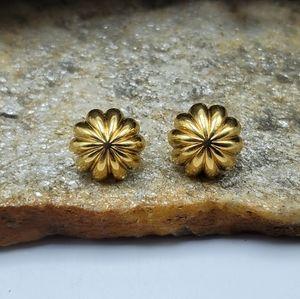 Vtg Gold Flower Stud Earrings 80's Jewelry Pierced
